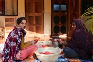 Manjeet and Rada preparing carrot chutney, Basunti.